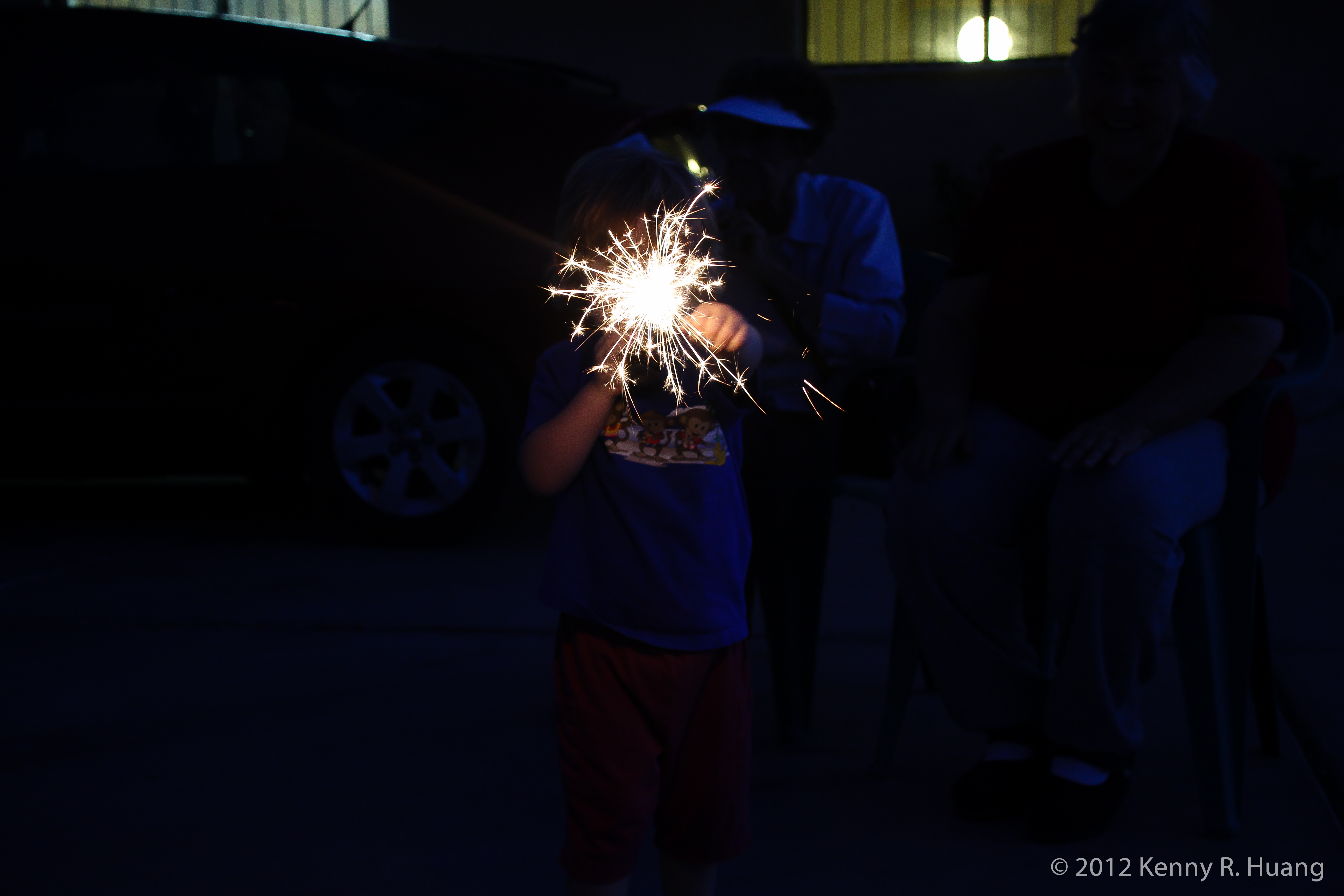 2012-kenny-r-huang-8215